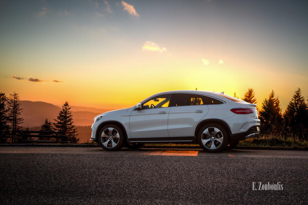 Mercedes GLE Coupé bei Sonnenuntergang am Schwarzwald