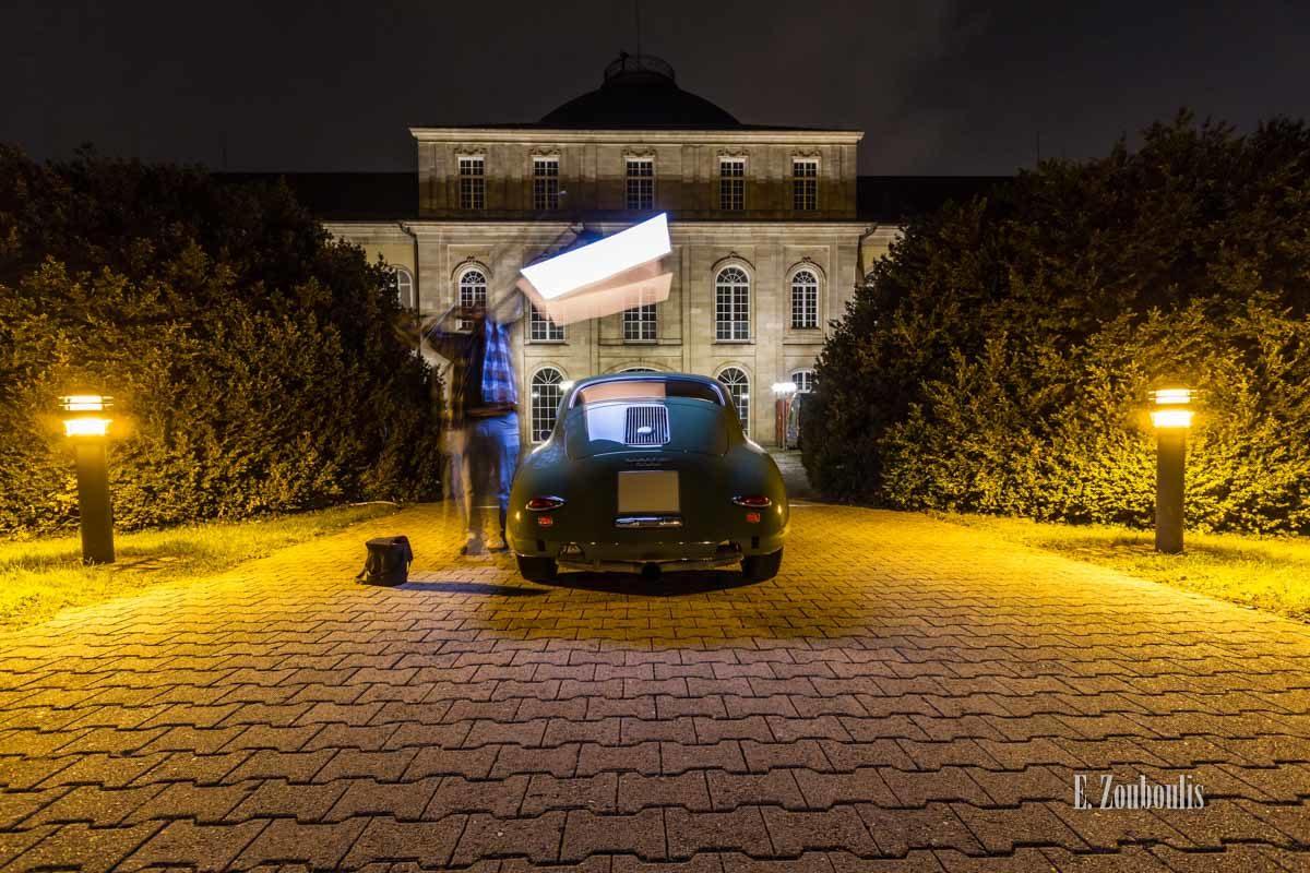 Autofotografie in der Nacht mit Blitzkopf
