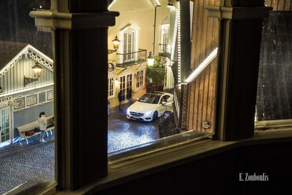 Der Mercedes-Benz S500 Coupé von Oben im Europa Park