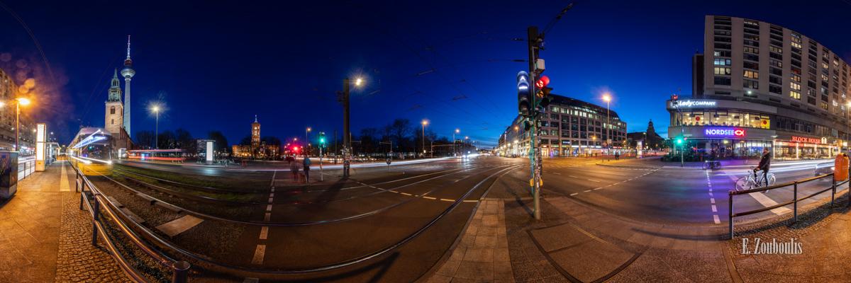 Berlin Crossroads - 360 Grad Fotografie an der Kreuzung Spandauer Straße in Berlin bei Nacht